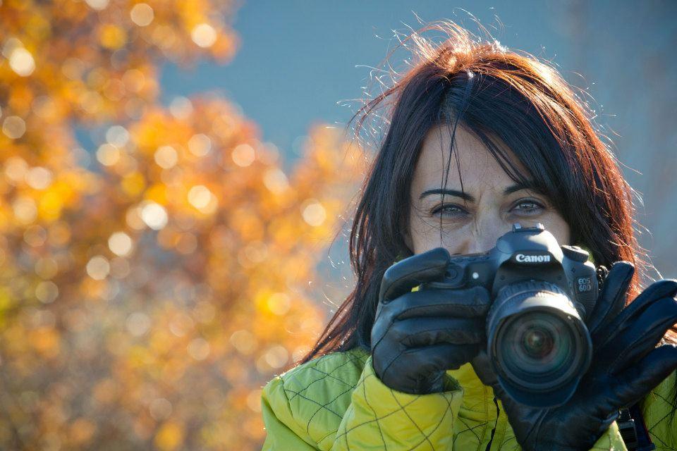 Портрет навън - нов урок в куса по фотография за начинаещи